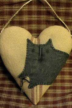 Primitive n Sweet Heart Black Cat Hanger by sassafrasprims on Etsy