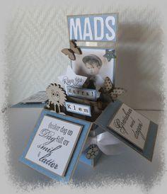 Utfordring Blå Popp up box Baby Barn, Goa, Storytelling, Christmas Ornaments, Holiday Decor, Cover, Frame, Cards, Picture Frame