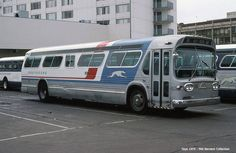 Greyhound GMC new-look deluxe bus 9641 at the 7th Street Terminal, San Francisco, 1975. Mel Bernero collection.