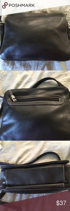Liz Claiborne handbag Liz Claiborne handbag. Classic black purse with striking red interior. Several pockets to keep you well organized!  Measurements are pictured Liz Claiborne Bags Shoulder Bags
