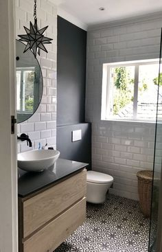 Bodenfliese als Akzent? Bodenfliese als Akzent? The post Bodenfliese als Akzent? appeared first on Badezimmer ideen. Diy Bathroom, Bathroom Flooring, Bathroom Interior, Bathroom Decor, Small Bathroom Remodel, Amazing Bathrooms, Bathroom Renos, Bathroom Interior Design, Home Decor