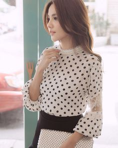 Women Tops Fashion Style Blouses Pure Color Dot Pattern Long Sleeve Beading Lace Splicing Round Collar Blouses Discount Online Shopping - Women Tops