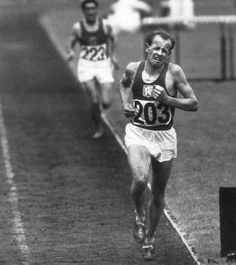 A runner must run with dreams in his heart. -Emil Zatopek