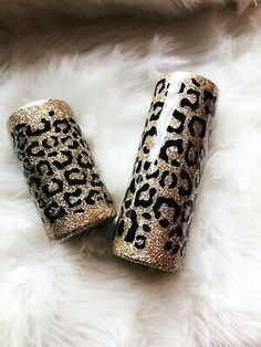 Diy Tumblers, Tumblers With Lids, Custom Tumblers, Car Window Stickers, Insulated Travel Mugs, Tumbler Designs, Silhouette Cameo Projects, Tumbler Cups, A Boutique