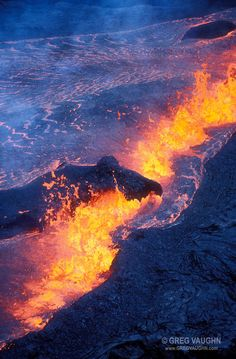 Rift eruption near Pu'u O'o; Hawaii Volcanoes National Park, Island of Hawaii. Hawaii Volcanoes National Park, Volcano National Park, National Parks, Mother Earth, Mother Nature, Volcan Eruption, Lava Flow, Tsunami, Nature Photography