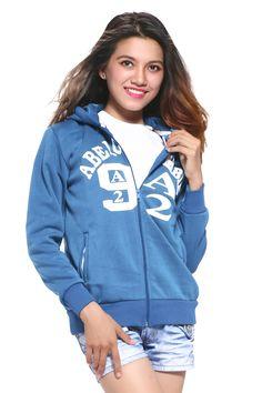 Khi chọn mua áo khoác, các nàng thường sẽ lựa những sản phẩm vừa thời trang nữ nửa, chất liệu vải tốt và có thể đem lại sự an tâm khi sử dụng. Bạn đang tìm kiếm một chiếc áo mới để mặc, đối phó với thời tiết hiện tại thì hãy cũng tìm hiểu thêm về sản phẩm Áo khoác Abercromble màu xanh coban-MK293 này nhé!