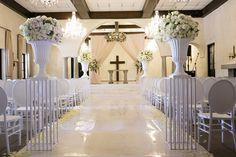 Avianto Wedding Venue is conveniently located in Muldersdrift. Wedding Menu, Our Wedding, Wedding Coordinator, Team Building, Table Decorations, Room, Home Decor, Bedroom, Decoration Home