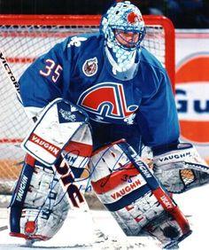 Stéphane Fiset Hockey Rules, Women's Hockey, Hockey Players, Lacrosse, Hockey Stuff, Goalie Gear, Goalie Mask, Nhl, Quebec Nordiques