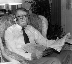 Lawton Chiles reads the newspaper for a National Public Radio program: http://www.floridamemory.com/items/show/134595 (via: @AVCinFLA)