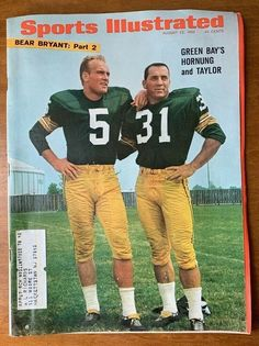 Sports Illustrated August 1966 Green Bay Packers Hornung and Taylor NFL Nfl Football Players, Pittsburgh Steelers Football, Packers Football, Sport Football, Football Season, College Football, Green Bay Packers History, Nfl Green Bay, Bay Sports
