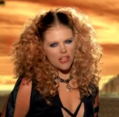 Natalie Maines hairstyle from the Dixie Chicks Landslide video is perfect wedding hair. #weddinghairstyles