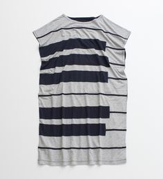Piano keyboard sleeveless t-shirt.