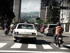 Dodge Dart con micas raras, en Altamira