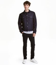 Black. 5-pocket pants in slightly stretchy twill with a regular waist, zip fly, and skinny legs. Skinny fit.