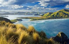 With 'The Hobbit' now in movie theaters, New Zealand's landscape is in the spotlight.