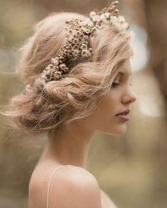 Ideas para invitadas que quieren ir bien peinadas Invitadas a bodas, testigos, damas de honor y lo más importante ¡novias!