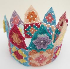 Crochet crown. By Lesley Bousbaine.