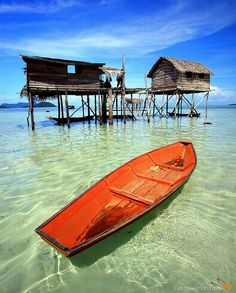 Sail away with me (off Borneo Island in Sabah, Malaysia) #PinPantone