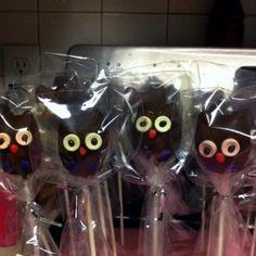 JiJi Cakes. Owl pops