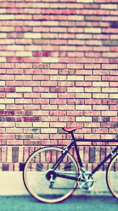 Vintage Bike #iPhoneWallpaper
