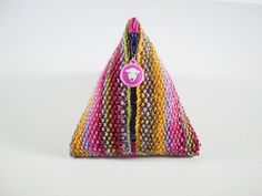 Pyramid Knitting Bag Pattern : 1000+ images about Zippers on Pinterest Zipper jewelry, Zipper pulls and Zi...