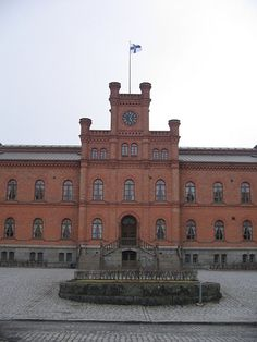 Second level of the courts system in Vaasa