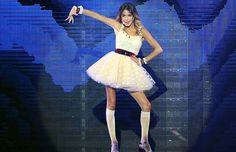 """""""Alcancemos las Estrellas"""" en Violetta Live"""