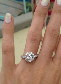 Halo round cut engagement ring! <3