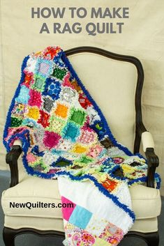 I want this glorious baby quilts to make Quilting For Beginners, Quilting Tips, Scrappy Quilts, Easy Quilts, Rag Quilt Patterns, Pillow Patterns, Baby Quilts To Make, History Of Quilting, Pyrography Patterns
