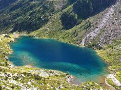 Lac et refuge d'Estom - Vallée de Cauterets http://www.lacsdespyrenees.com/vallee-Cauterets.html