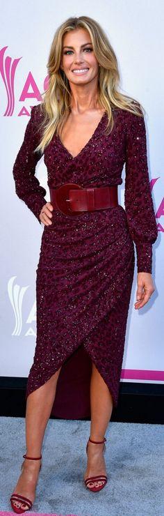 Faith Hill in Dress – Michael Kors  Shoes – Neil Rogers  Purse – Jimmy Choo  Jewelry – Lana