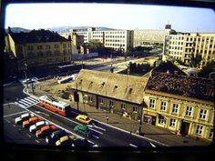 Kollárovo námestie 70 roky Bratislava, Alexandria, Old Photos, Paris Skyline, Nostalgia, Street View, Travel, Retro, Old Pictures