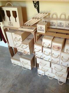 Cajas de madera para botellas de vino y para copas - Manualidades con cajas de madera ...