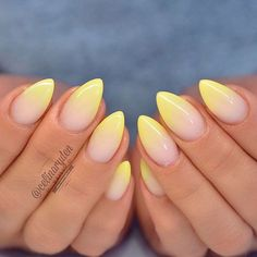 Perfecting nail art can appear to be a challenging undertaking. Ombre nails design is a good approach to create the the majority of your favourite colors. It's because gradient nails seem elegant and impressive. Sparkle Nails, Gradient Nails, Cute Acrylic Nails, Glitter Nails, Fun Nails, Nice Nails, How To Do Nails, Nails Yellow, Pastel Yellow