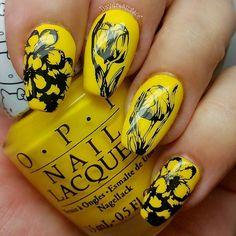 #glamnailschallengeFeb flowers What I used: #opi MY TWIN MIMMY #joliepolish Black Stamping polish #sechevite  #moyra stamping plate  #nails #nailpolish #nailart #nailartchallenge #nailartwow #nailartoohlala #nailartjunkie #nailartofinstagram #nailartoftheday #nails2inspire #nailswag #nailstagram #nailsofinstagram #nailsdid #nailporn #nailpromote #nailfeature #instanails #instagramnails #mani #manicure #stampednails #nailstamping #flowernails by daydreams406