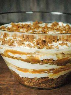 Cheesecake Trifle, Trifle Desserts, Caramel Cheesecake, Party Desserts, No Bake Desserts, Dessert Recipes, Xmas Recipes, Baking Desserts, Xmas Food