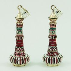 Genie bottle earrings just like you would see in I Dream of Jeannie show. I Dream Of Jeannie, Genie Bottle, Halloween Town, Candle Holders, Perfume Bottles, Jars, Hookahs, Earrings, Jewlery
