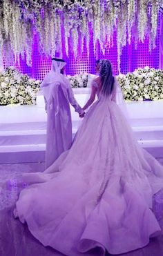 Michael Cinco, Gorgeous Wedding Dress, Formal Dresses, Wedding Dresses, Ball Gowns, Platform, Couture, Bride, Concert