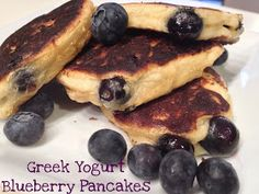 My Pinterest Reality: Healthy Eats Friday- Greek Yogurt Blueberry Pancakes
