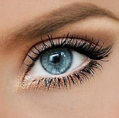 Gold blue eye