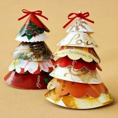 Christmas Card Projects: Decorative Ways to Recycle Christmas Cards.Christmas card crafts can be goofy.but there are tons of really great crafts here from BHG! Handmade Christmas Crafts, Christmas Card Crafts, Christmas Tree Cards, Old Christmas, Christmas Projects, All Things Christmas, Holiday Crafts, Christmas Holidays, Christmas Ornaments
