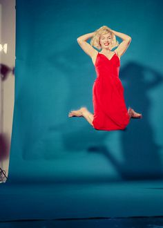Marilyn Monroe photo by Philippe Halsman,1959.....Uploaded By www.1stand2ndtimearound.etsy.com