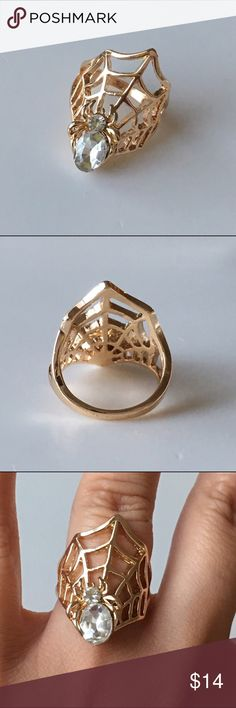 18k gold plated Spider in the web Gold tone ring size 6 available. Perfect for spider lover or for Halloween. NWOT will comes with duster. Jewelry Rings