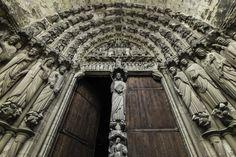 web-notre-dame-door-paris-fr-lawrence-lew-op-cc