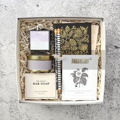Shop consciously curated gift boxes and matcha sets for corporate, events, holiday, birthday and more. Create your own gift box. Delivered anywhere in the USA.