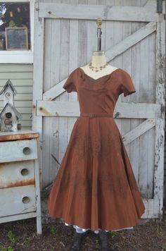 1950s brown taffeta dress 50s dress with full skirt size medium Vintage Parnes Feinstein party dress by melsvanity on Etsy