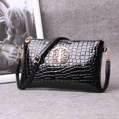 132aecb980 Cheap bag locator, Buy Quality bag directly from China bag briefcase  Suppliers: Day clutch female 2017 summer for Crocodile women's handbag  messenger bag ...