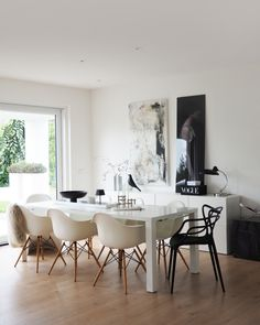 Dining Chairs, Dining Table, Eames, Interior Design, Furniture, Petra, Home Decor, Art, Product Design