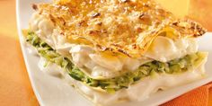 Discover recipes, home ideas, style inspiration and other ideas to try. Vegetarian Zucchini Lasagna, Zucchini Lasagna Recipes, Zucchini Lasagne, Chili Recipes, Veggie Recipes, Healthy Recipes, Healthy Food, Pasta, French Food