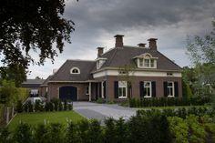 Nieuwbouw landhuis te IJsselmuiden | Dijkhof Bouw Dutch Netherlands, Mansions Homes, Holland, Building A House, Home Goods, House Plans, Villa, Floor Plans, Home And Garden